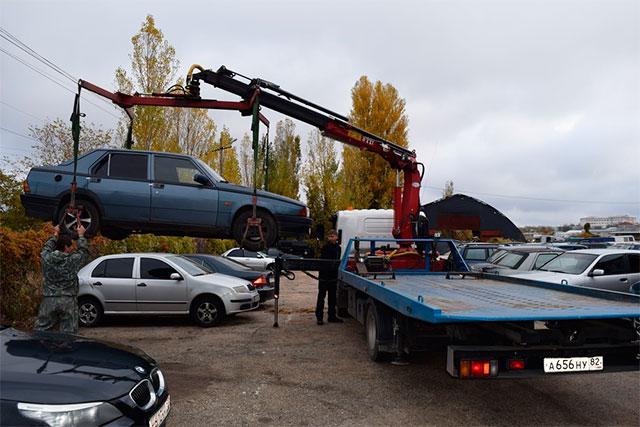 ВСимферополе начали принудительно эвакуировать автомобили